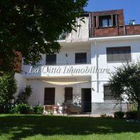 Villa/Villa Bifamiliare - Novara(NO)