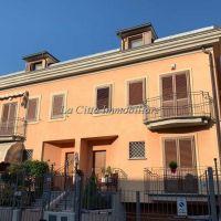 Villa/Villetta schiera -