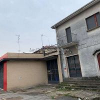Magazzino/Capannone/Negozio/Porzione di Casa - Novara(NO)
